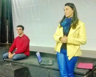 """Palestras """"O Trabalho do ator no Teatro de Sombras"""" - Fabiana Lazzari e """"Fontes de Luz"""" - Alex de Souza Foto: Alexandre Fávero"""