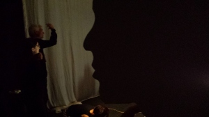 Minha silhueta atenta a Fabrizio Montecchi (diretor Teatro Gioco Vita)
